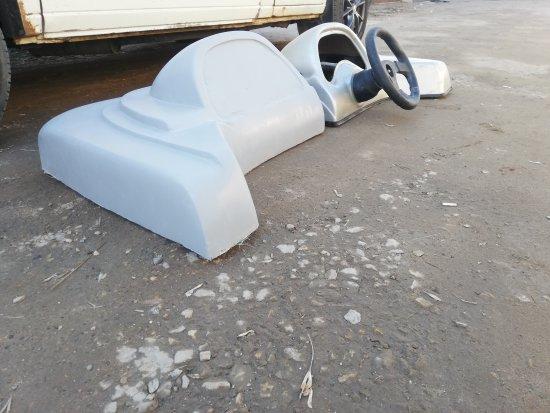 Изготовление зеркальной бортовой панели для катера из стеклопластика:Минск